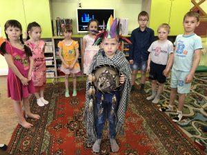 Почтальон Печкин, загадочная посылка от шахтёров и игра в шамана